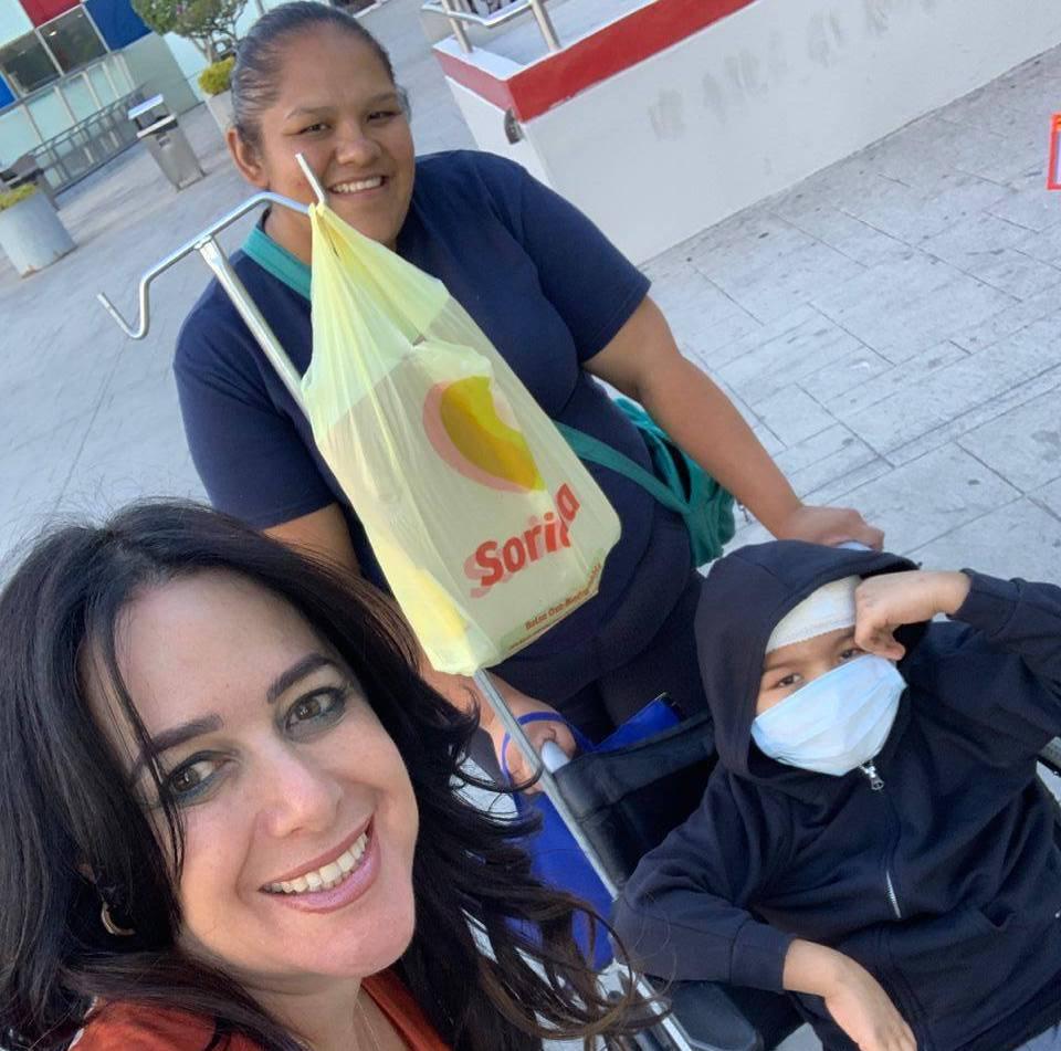 ¡Carlitos deja el hospital y regresa a casa!
